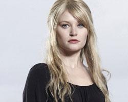 Emilie de Ravin   امیلی دی راوین
